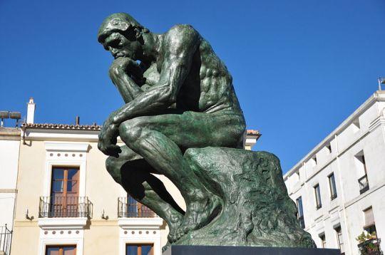 800px-Rodin,_El_Pensador-2