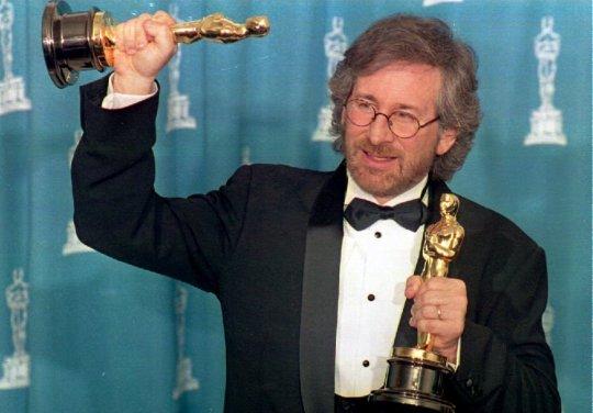 Steven-Spielberg-1994